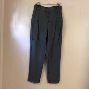 American Eagle Tapered Pants